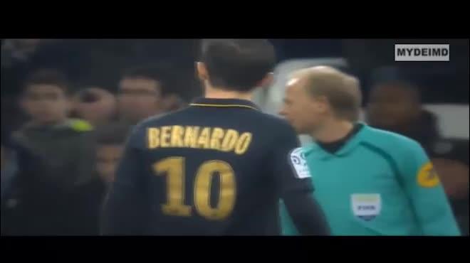 """Man City nổ """"bom tấn"""": """"Tiểu Ronaldo"""" 60 triệu bảng chê MU"""