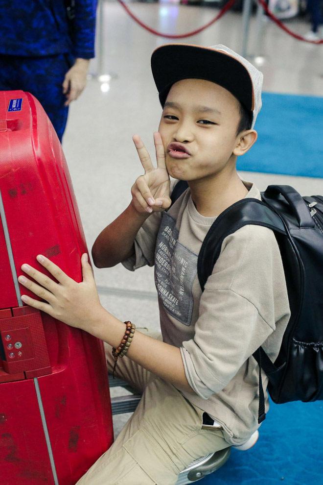 """Cuộc sống """"một bước lên tiên"""" của cậu bé được Phi Nhung nhận nuôi - 2"""