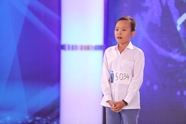 """Cuộc sống """"một bước lên tiên"""" của cậu bé được Phi Nhung nhận nuôi - 4"""