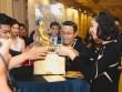Vân Ngô đấu giá tượng Phật vàng, quyên được 8 tỷ cho trẻ em nghèo