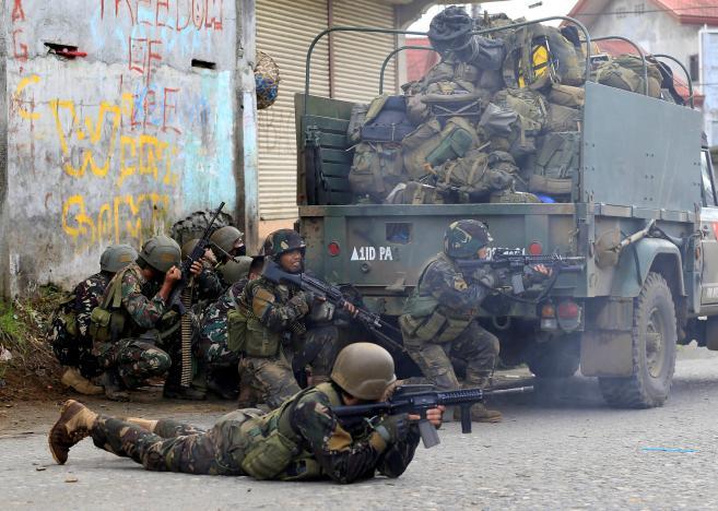 """IS chiếm TP, Duterte nói sẽ dùng """"biện pháp mạnh"""" - 2"""