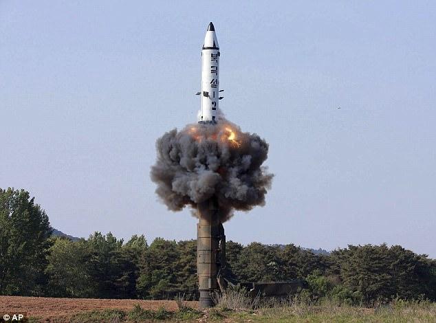 Mỹ lần đầu tìm cách đánh chặn tên lửa hạt nhân Triều Tiên - 1