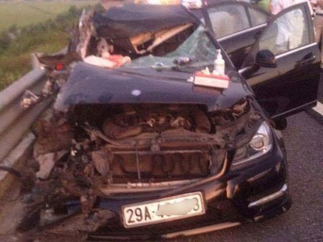 Va chạm giao thông trên cao tốc, 4 người thương vong