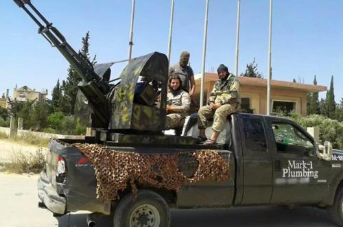 Nga ném bom tiêu diệt 120 tay súng IS rút lui khỏi Raqqa - 2