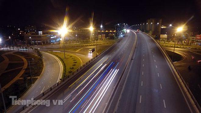 Cầu vượt gần 3.000 tỷ đồng tại Hà Nội lung linh về đêm - 7