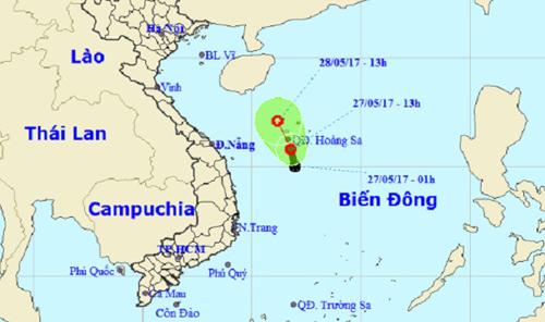 Xuất hiện áp thấp mạnh trên Biển Đông, áp sát quần đảo Hoàng Sa - 1
