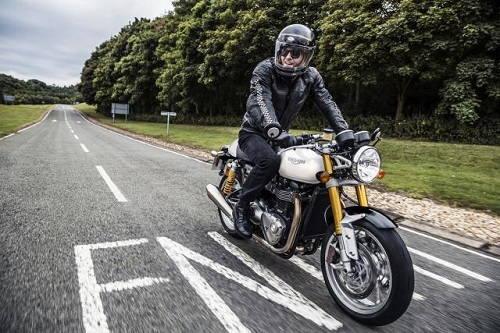 Triumph công bố màu sắc mới cho các mô hình 2018 - 1