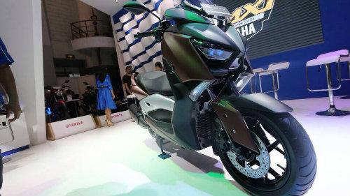 2017 Yamaha X-Max 250 nhận đặt hàng, giá 94 triệu đồng - 1