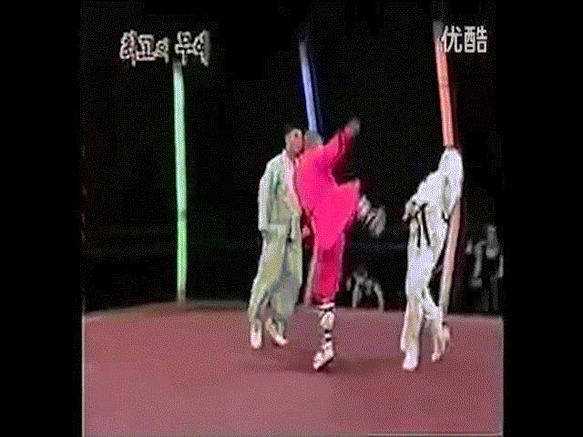 MMA: Thiếu Lâm hạ Taekwondo, triệu người