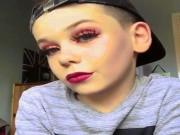 """"""" Bánh bèo """"  phải ngả mũ trước tài make up của nhóc tì 10 tuổi"""