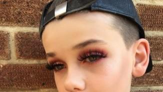 """""""Bánh bèo"""" phải ngả mũ trước tài make up của nhóc tì 10 tuổi"""
