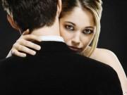 Bạn trẻ - Cuộc sống - Dân mạng tranh cãi chiêu trị chồng vũ phu của cô vợ trẻ