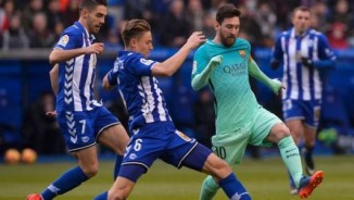 TRỰC TIẾP bóng đá Barcelona - Alaves: Messi sắp san bằng kỉ lục của CR7