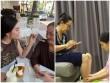 Ở ngoài sang chảnh, mỹ nhân Việt về nhà vẫn rửa chân, đút ăn cho mẹ