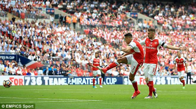 Wenger rạng ngời đi vào sử sách FA cup, ở lại Arsenal 2 năm - 1