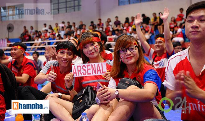 """Arsenal vô địch FA Cup, """"giáo sư"""" Wenger lại được fan Việt tin tưởng - 1"""
