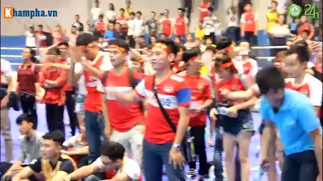 """Arsenal vô địch FA Cup, """"giáo sư"""" Wenger lại được fan Việt tin tưởng"""