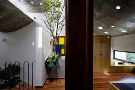 Căn nhà 'hiện đại - quá khứ' cho gia đình 3 thế hệ - 8