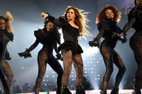 Nhà Beyonce làm gì để tiêu hết 1,6 tỉ USD? - 4