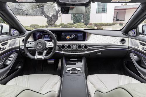 Mercedes-Benz S-Class 2018 có giá từ 2,24 tỷ đồng - 3