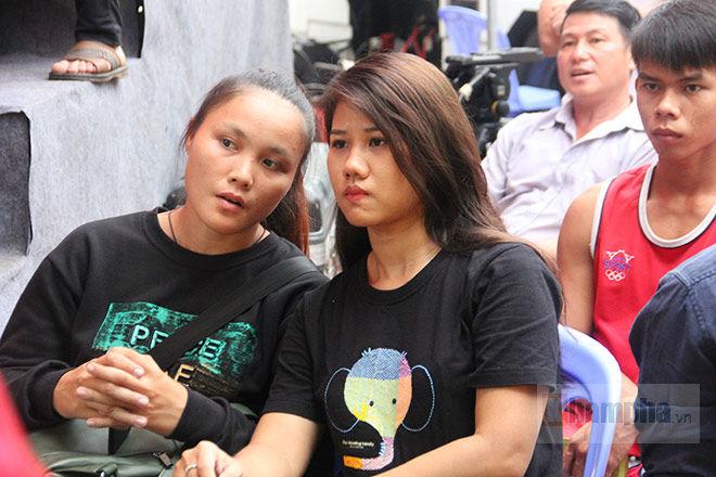 """""""Mưa knock-out"""" hút fan nữ xinh tại giải Muay Việt - 11"""
