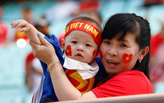 """U20 Việt Nam chia tay World Cup, CĐV nữ xinh """"ngẩn ngơ"""" - 2"""