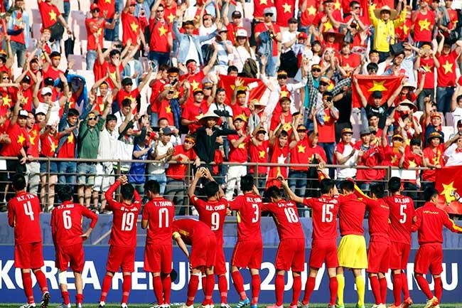 """U20 Việt Nam chia tay World Cup, CĐV nữ xinh """"ngẩn ngơ"""" - 8"""