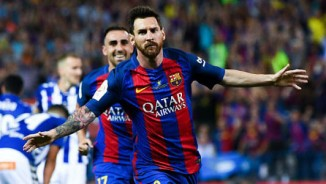 """""""Vua chung kết"""" Messi dẫn lối, Barca lập hàng tá kỉ lục"""