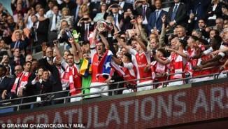 Arsenal đoạt FA Cup: Mừng trước mắt, lo lâu dài