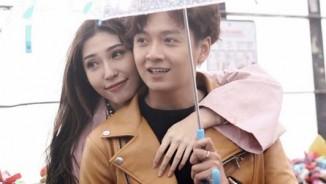 Phát hờn vì Ngô Kiến Huy quá mùi mẫn bạn gái trong MV kỷ niệm yêu