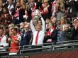 Wenger rạng ngời đi vào sử sách FA cup, ở lại Arsenal 2 năm