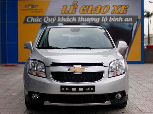 Chevrolet Orlando LT giá 639 triệu đồng tại Việt Nam - 1