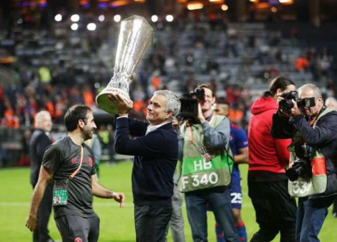 MU thống trị Europa League: Logic của Jose Mourinho - 1