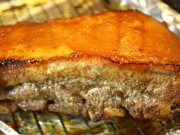 Ẩm thực - Bí quyết làm thịt quay ngũ vị giòn ngon, vàng ruộm
