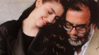 """Gia thế """"khủng"""" của nữ đạo diễn đoạt giải Cannes 2017"""