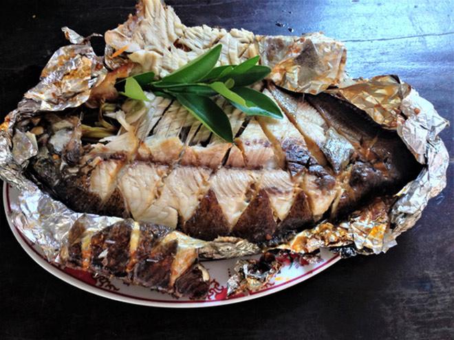 Thơm thơm, cay cay cá chim nướng muối ớt - 7