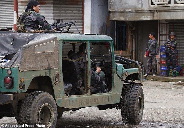 Philippines tiêu diệt nhiều lính IS người nước ngoài - 1