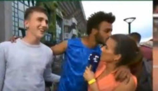 Tin nóng Roland Garros: Kyrgios dự đoán Nadal chắc chắn vô địch - 2