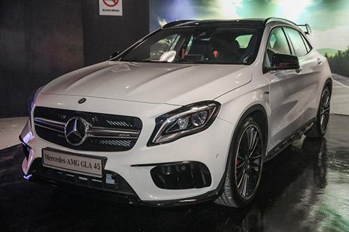 Mercedes-AMG GLA45 4Matic 2018 chốt giá 2,16 tỷ đồng - 1