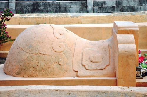 Cận cảnh những cổ mộ của danh tướng, bá hộ Sài Gòn xưa - 12