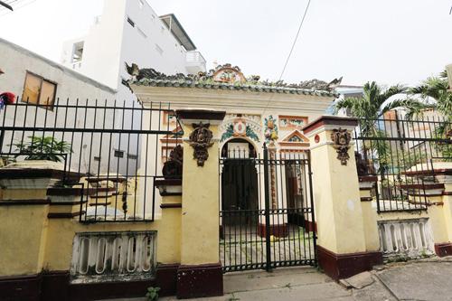 Cận cảnh những cổ mộ của danh tướng, bá hộ Sài Gòn xưa - 16
