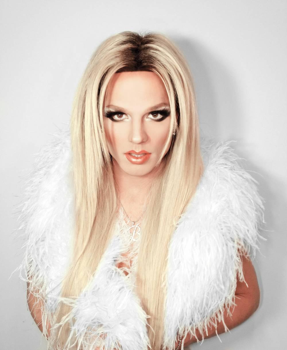 """""""Thảm họa dao kéo"""" chi 2 tỷ đồng để giống Britney Spears - 7"""