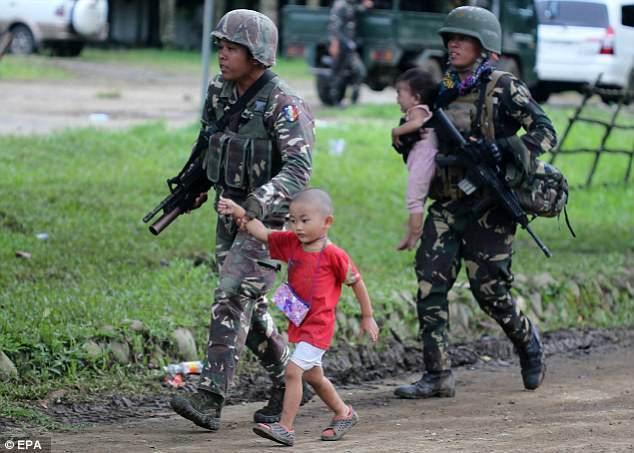 Còn kiểm soát 10% Marawi, vì sao IS mãi chưa bị đánh bật? - 2