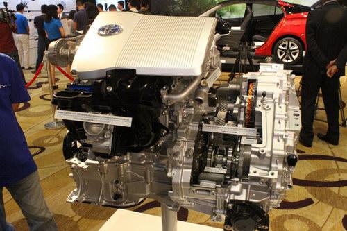 Toyota giới thiệu công nghệ Hybrid giảm một nửa tiêu hao nhiên liệu - 10