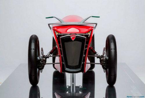 Ducati đang phát triển môtô 4 bánh độc lạ? - 3