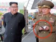 Thế giới - Vì sao tướng lĩnh vây quanh Kim Jong-un luôn cầm sổ tay?