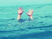 Tin tức trong ngày - Lùa bò tắm sông, 4 ông cháu cùng chết đuối