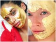 Thiên thần Victoria's Secret gây sốc khi đắp mặt nạ bằng vàng 24K
