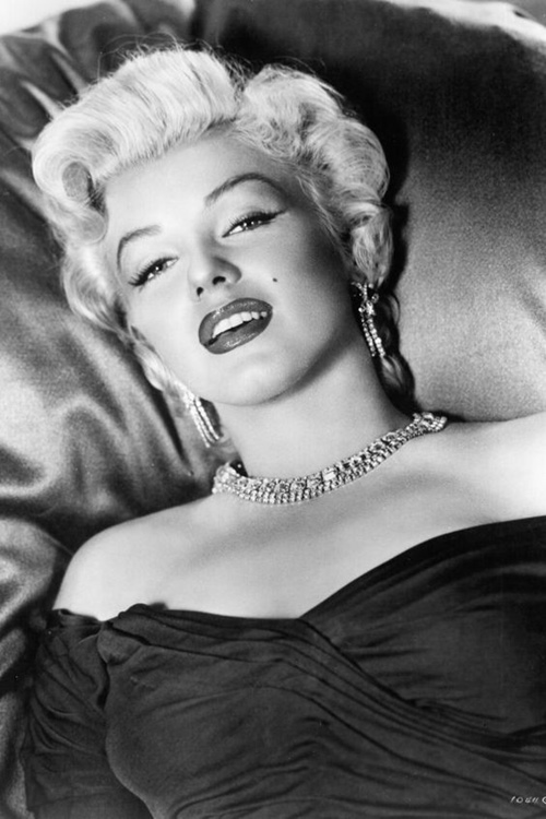 Hé lộ cách Marilyn Monroe gìn gữ nhan sắc huyền thoại - 4