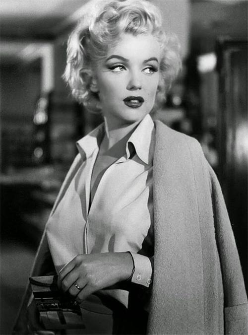 Hé lộ cách Marilyn Monroe gìn gữ nhan sắc huyền thoại - 3